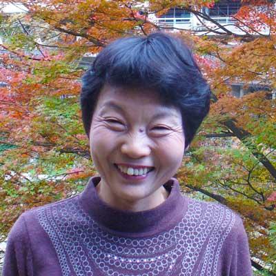 代表の妻である山下昌子の顔写真
